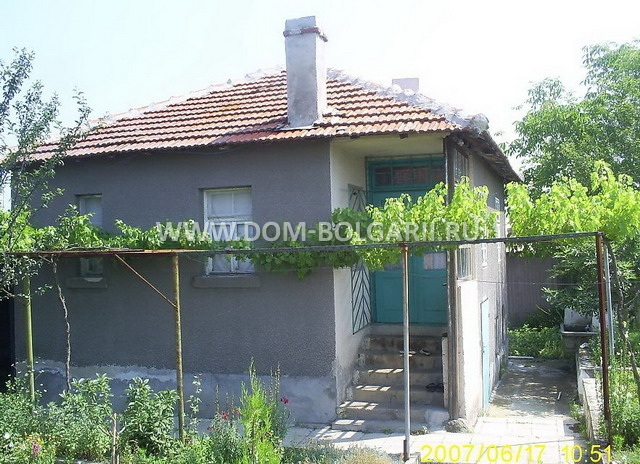 Дом в Андрос в деревне недалеко от моря