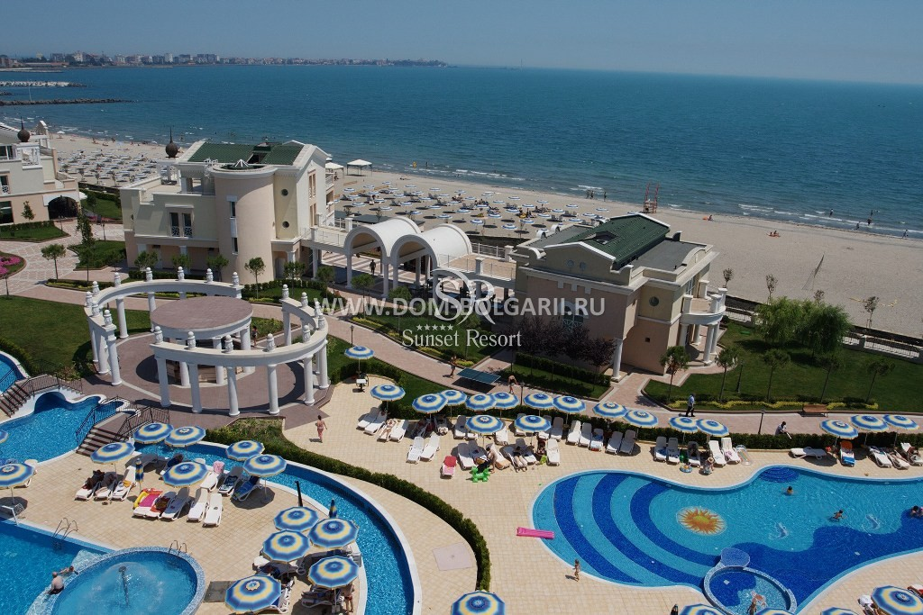 One Bedroom Apartment With Sea View On The Beach Frontline